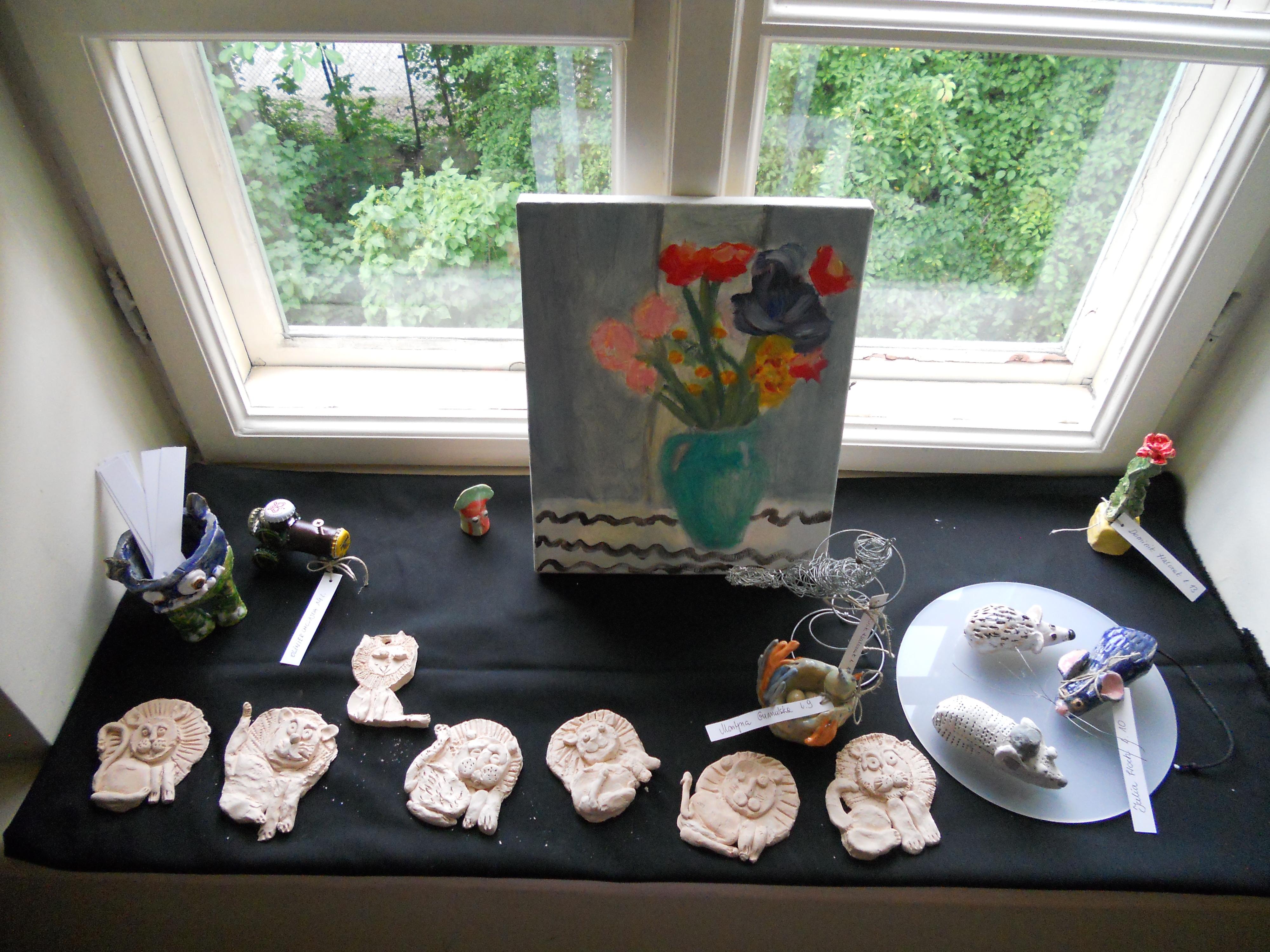 Wystawa prac dzieci z Młodzieżowego Domu Kultury 3